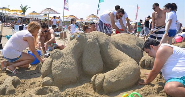 9th Sand Sculpture Festival Hosted Amazing Works of Art